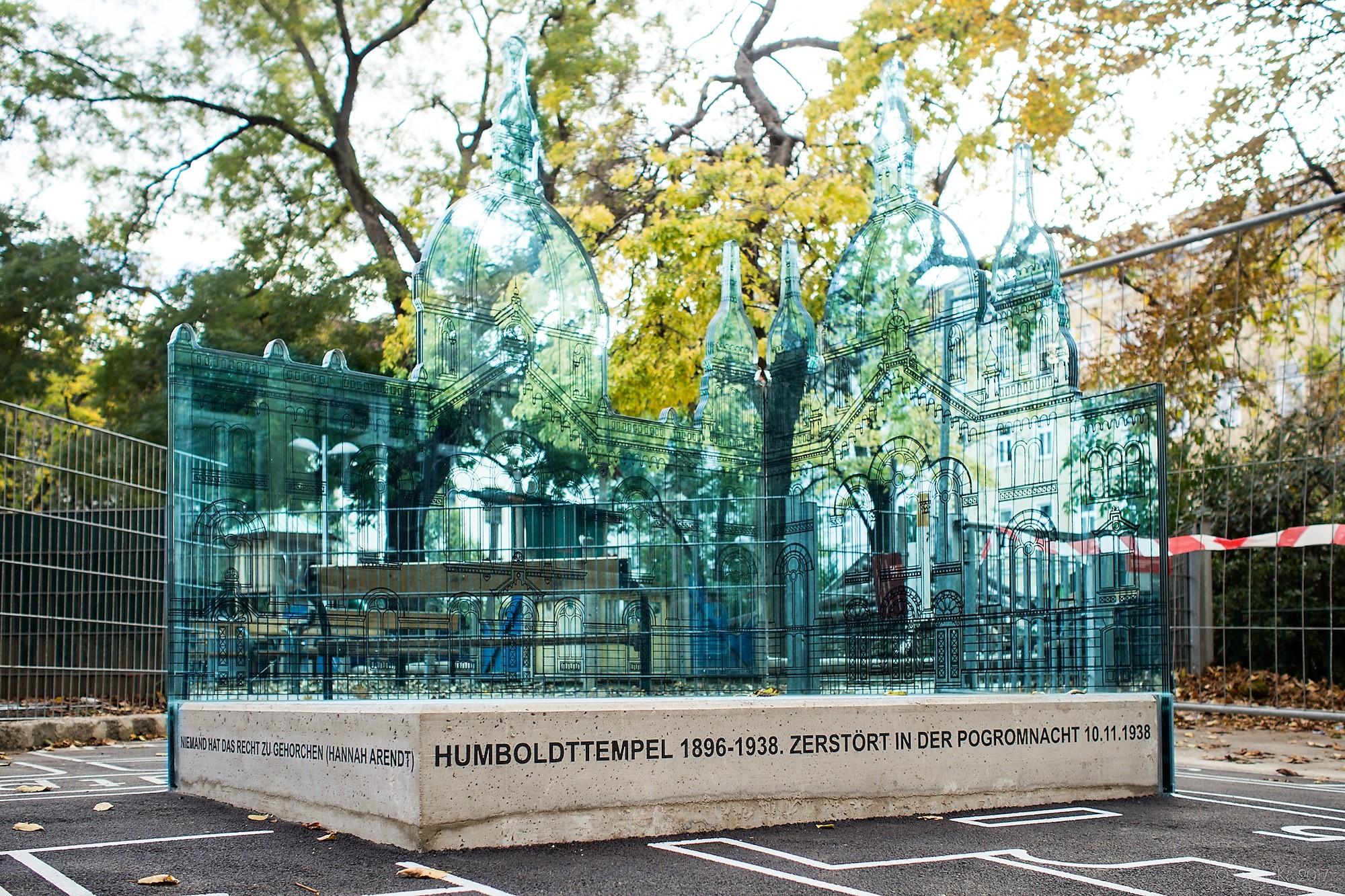 Humboldttempel-Denkmal